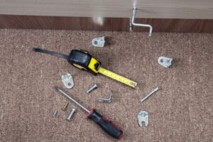 Виды и назначения мебельного крепежа